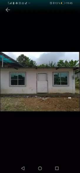 Se vende o arrienda casa nueva con baño privado