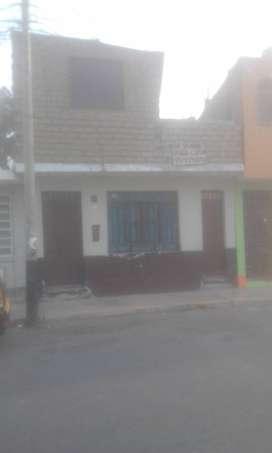 Vendo Casa.. Chimbote 《prolong.espinar ..cuadra 20》