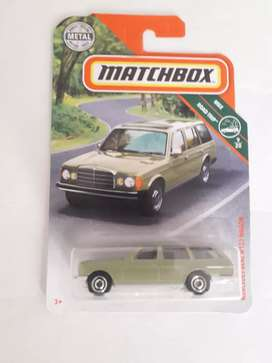 Matchbox - Mercedes Benz W123 Wagon