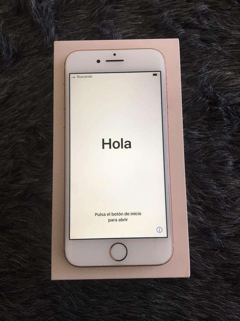 Iphone 8 de 64gb libre de icloud y de imei para cualquier operador. Se entrega caja con todos sus accesorios 0