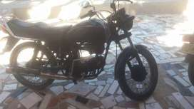 Se vende una moto eco100 en buen estado