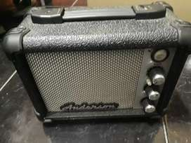 Vendo amplificador en excelente estado sin uso