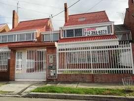 Arriendo casa comercial en Urbanización San Martín, apta para vivienda