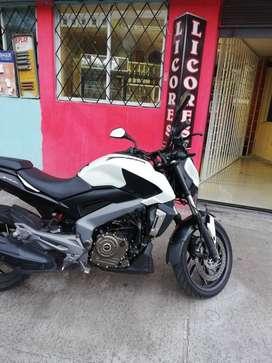 Vendo moto Bajaj Dominar 400