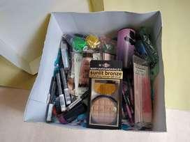 Lote de Maquillaje Americano 100% Original 200 Productos Excelentes Ganancias