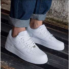 Nike aire force one clasic