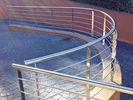 Barandas, pasamanos y balcones en acero inoxidable