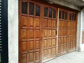 Portón de roble- cuatro puertas