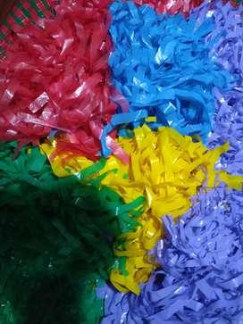 Pompones varios colores. Remato ganga