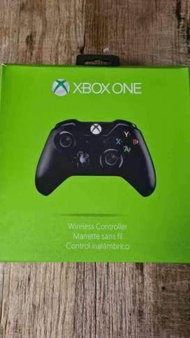 Control Xbox One nuevos, cajas mal estado