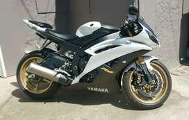 Yamaha R6 única 13 mil km