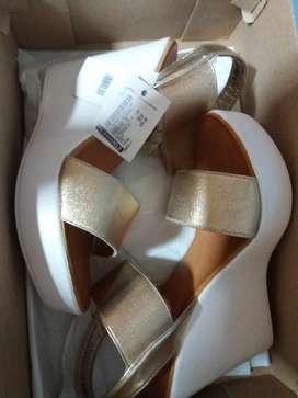 Vendo calzados de mujer