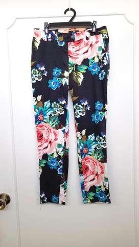 Pantalón H&M, vestido Zara, vestido Narciso rodriguez
