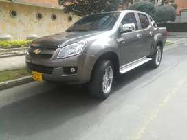 Vendo permuto Chevrolet Dmax 2015 4x4 Diesel