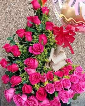 Desayunos sorpresa y arreglos florales