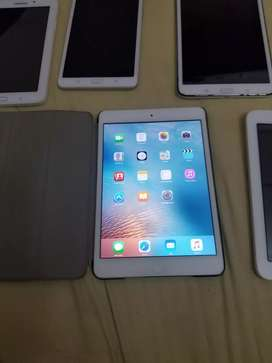 Vendo IPadMini bye Apple incluye estuche originalnal
