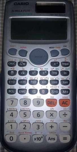 Calculadora Casio FX-.991 LA PLUS