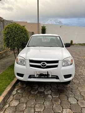 Vendo Mazda BT-50 FULL año 2015 4x4