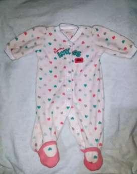 Ropita de bebé (niña)