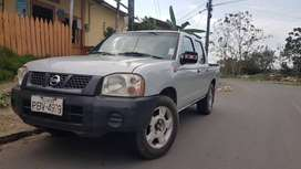 Nissan Frontier 2012 doble cabina 4x2