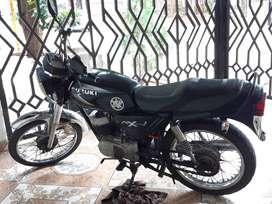 Moto AX 100, Modelo 2008, excelente estado, le he cambiado varias partes desde que la compre.