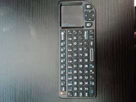 Mini teclado inalámbrico usb marca Rii