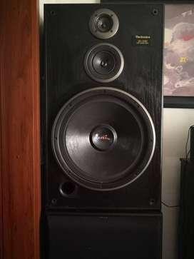 Equipo de sonido por módulos marca Technics
