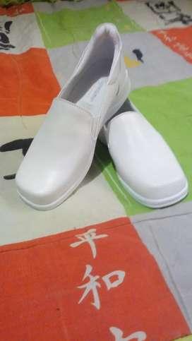 Zapato para enfermera últimas unidades en talla 36!!!