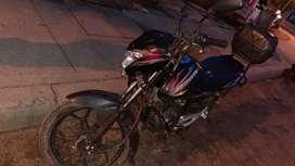 Moto Discover 100 M , 2015 , ubicada en soacha cundinamarca.