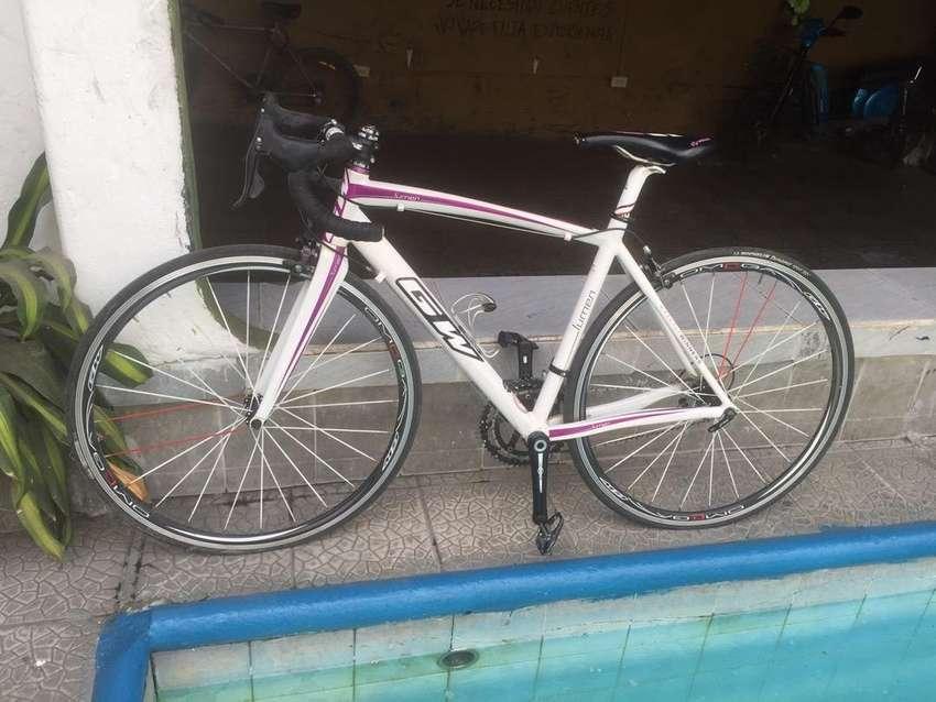 Bicicleta GW Lumen 0