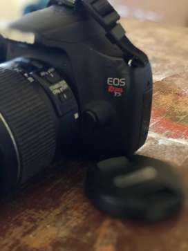 Vendo Camara Cannon Rebel T5