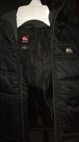 Jacked impermeable de marca
