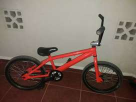 BMX color naranja