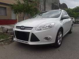 VENDO FORD FOCUS SE PLUS