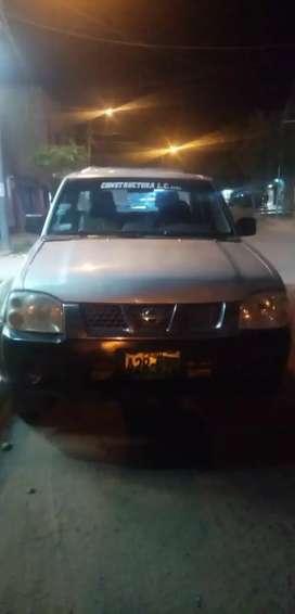 Vendo camioneta Nissan Frontier 2008