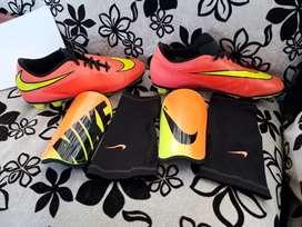 Zapatillas Nike + Canilleras Nike Originales