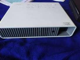 Vendo video beam casio xj-m250