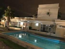 Centenario 600 Mt2 Hermosa casa con piscina