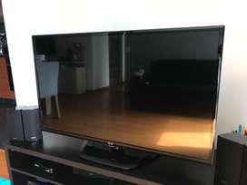 """Vendo TV LG 46"""" LED. No smart tv"""