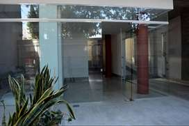 Oficina PB a la calle a estrenar en Arroyito José Ingenieros 854 PB