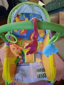 Silla Mecedora Bebé Carestino - Zoo