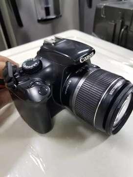 Cámara Canon Rebel T3