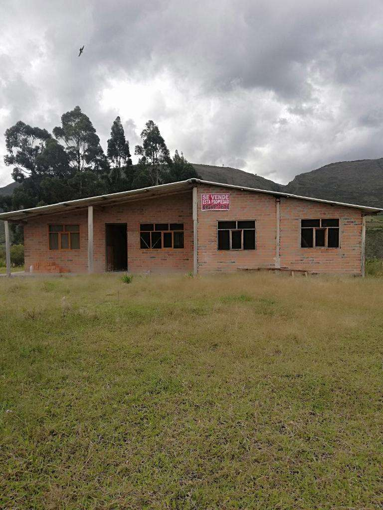 Venta de Quinta en San Isidro de la Provincia del Carchi 0