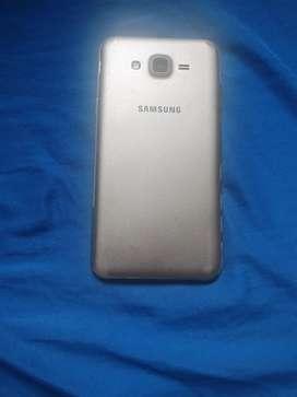Se vende celular Samsung buen estado
