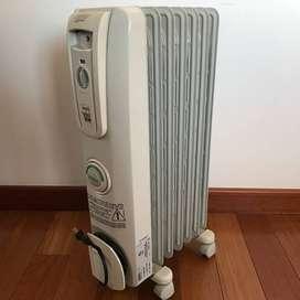 Calefactor/Calentador de aceite eléctrico de ambiente marca DeLongui