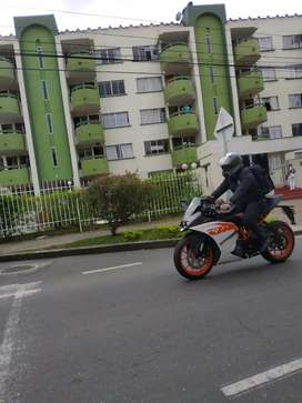 Se vende KTM RC 200