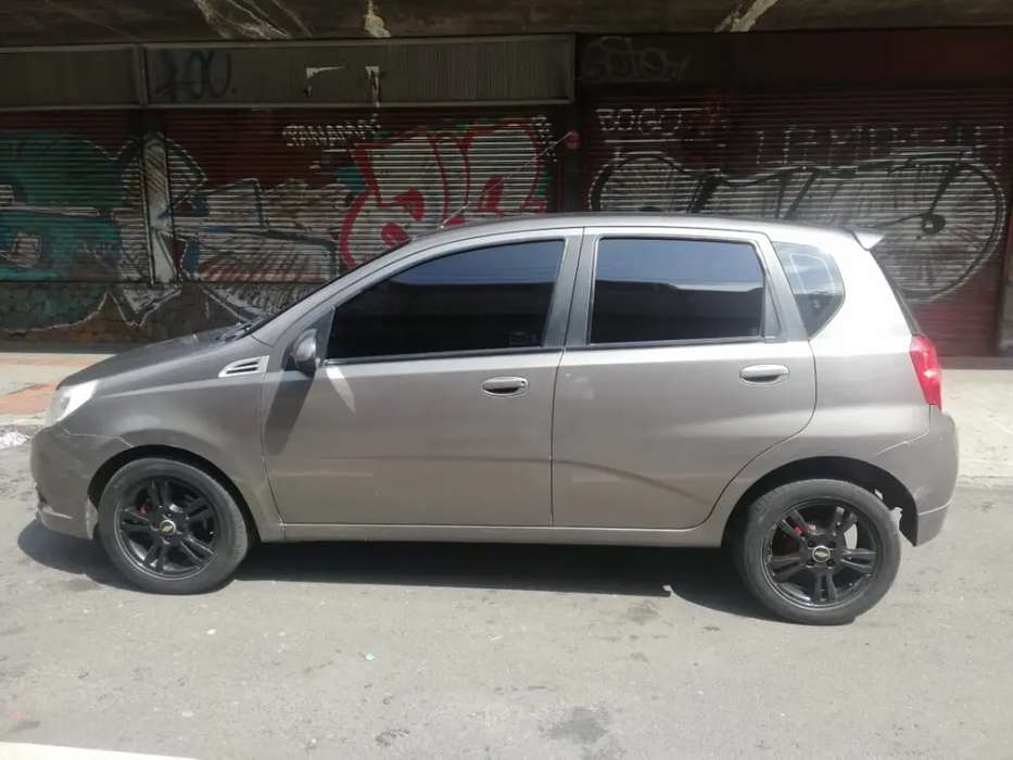 hermoso aveo emotion 2012