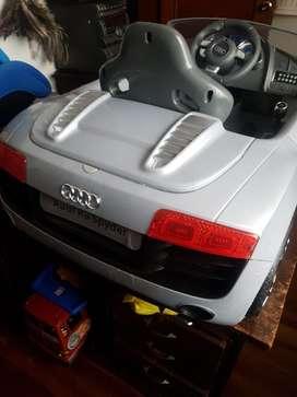 Auto Audi a bateria
