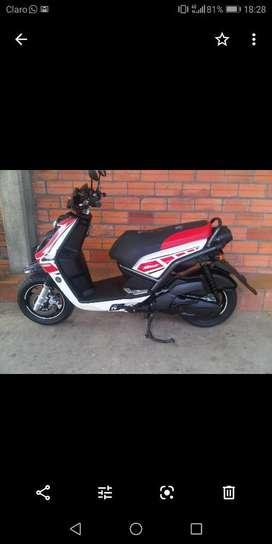 Moto bws 2012 version limitada yamaha 50 años con seguro y gases hasta julio 2021,llantas nuevas marca michellin