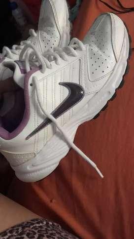 Nike 38 $2000(zona oeste san jose
